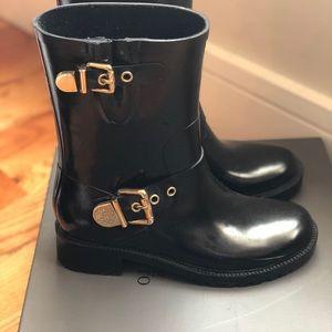 Vince Camuto Rain Boots
